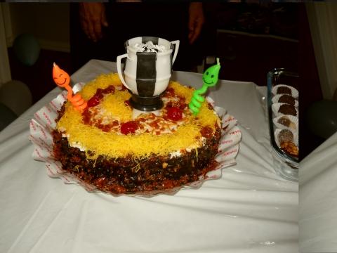 Olha que delicia de bolo! E a vela, entao!!!