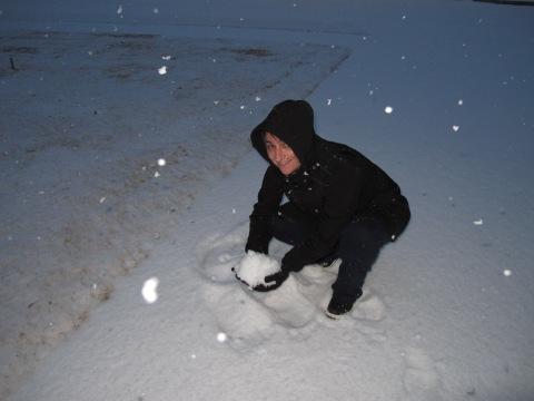 Mamae preparando a bola de neve...