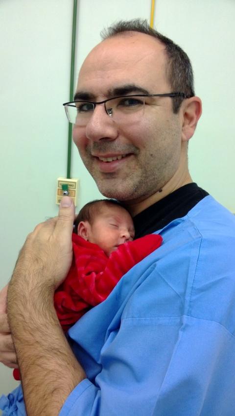 E dando meu primeiro abraço no papai!!